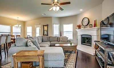 Living Room, 9828 Cottontail Ln, 2