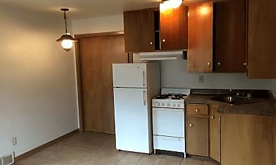 Kitchen, 707 W 8th St, 1