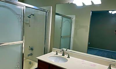 Bathroom, 45533 Pickford Ave., 2