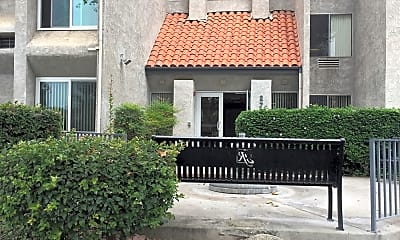 Tustin Gardens Apartments, 1