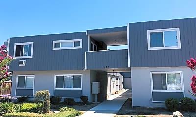 Building, 182 N Murphy Ave, 0