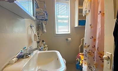Bathroom, 321 N 23rd Ave W, 0