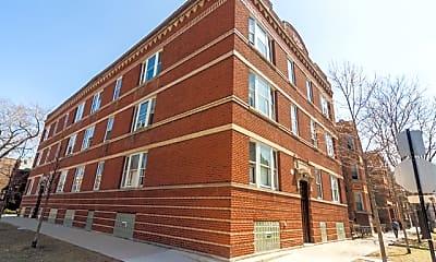 Building, 857 N Hoyne Ave 3, 0