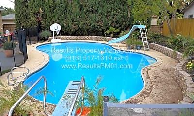 Pool, 4552 Garfield Ave, 1