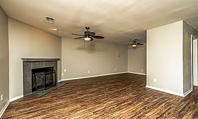 Living Room, 1410 Meridian Way, 1