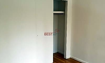 Bedroom, 300 E 49th St, 2