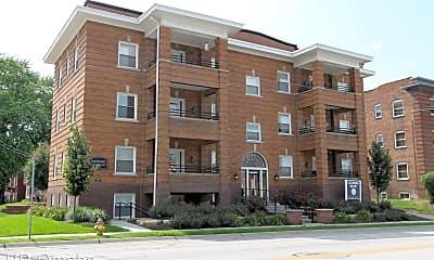 Building, 1148 Park Ave, 1