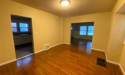 Living Room, 513 Geneva Ave, 2