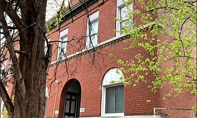 Building, 3135 Chippewa St, 2