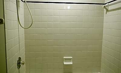 Bathroom, 3202 W Fielder St, 2