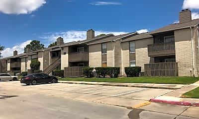 Waterford Apartments, 0