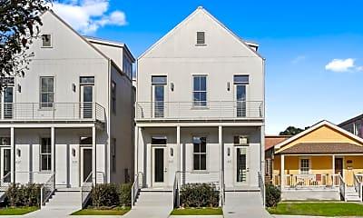 Building, 633 Philip St, 1