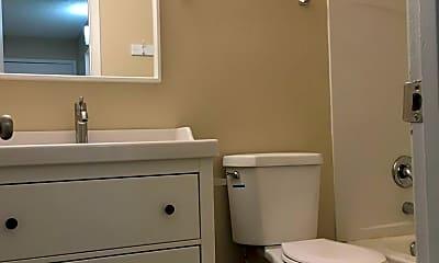 Bathroom, 3918 Clear Acre Ln, 2