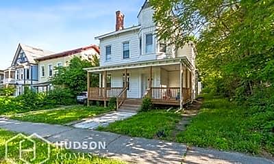 Building, 181 Mansion St, 1