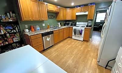 Kitchen, 1116 Freyburg St, 1