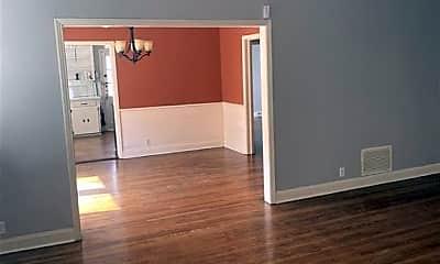 Living Room, 342 Naples St, 1