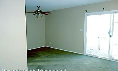 Living Room, 8402 Kessler St, 1