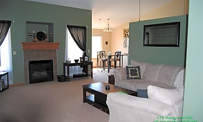 Living Room, 1145 Coyote Dr, 1