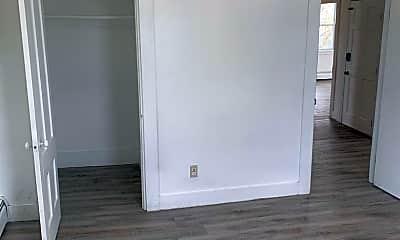 Bedroom, 4 Park St, 2