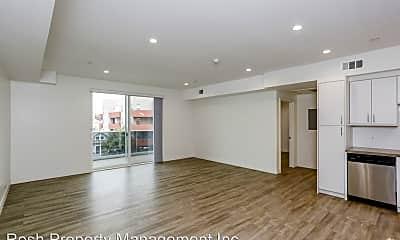 Living Room, 744 Hartford Ave, 1