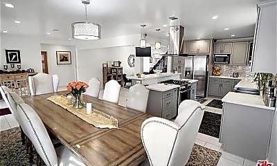 Dining Room, 3612 Tuller Ave, 1