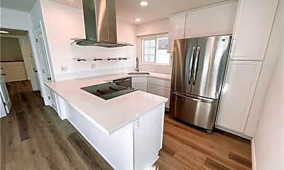 Kitchen, 116 E Balboa Blvd A, 0