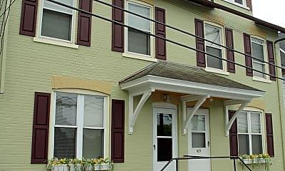 Building, 627 E Morton St, 0
