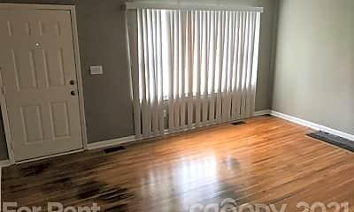 Living Room, 503 Park St, 2