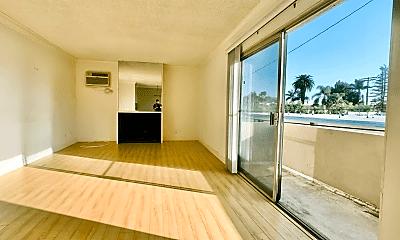 Living Room, 3627 Bagley Ave, 0