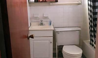 Bathroom, 59 E Norwich Ave, 2