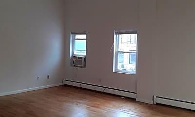 Living Room, 282 Grand St 2, 1