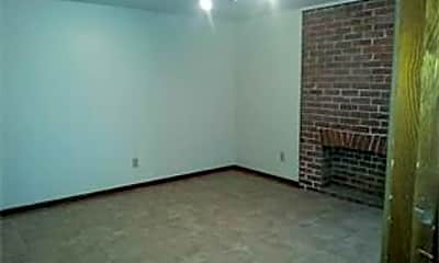 Bedroom, 3116 Prytania St, 2