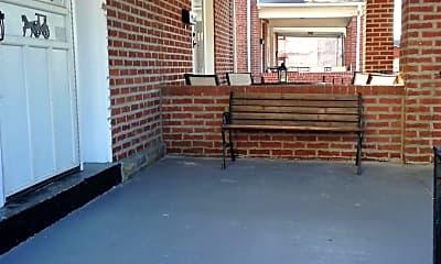 Patio / Deck, 319 Locust Ave, 2
