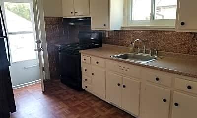 Kitchen, 16 Evergreen Dr 1, 1