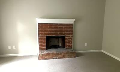 Living Room, 340 River Oak Dr, 1