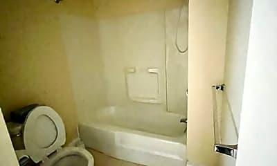 Bathroom, 777 Washington St, 2