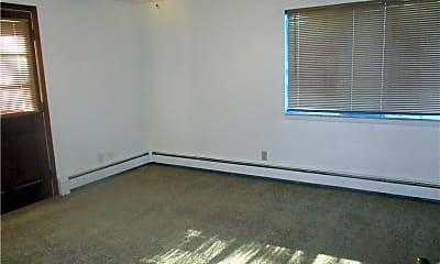 Bedroom, 304 West St, 1