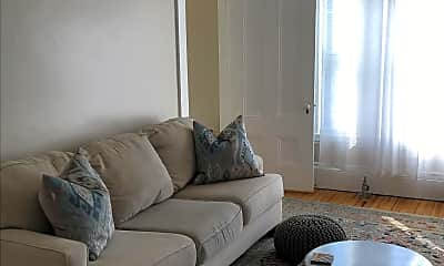 Living Room, 87 State St, 1