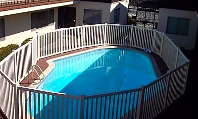 Pool, 1727 Obispo Ave, 2