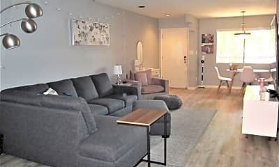 Living Room, 12222 N Paradise Village Pkwy W 229, 0