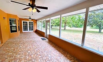 Living Room, 8802 Lake Mabel Dr, 2