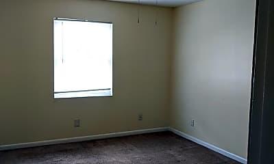 Bedroom, 4909 Saddlebrook Lane, 2