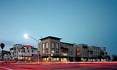 Mission Hills Commons, 1