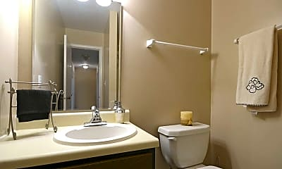 Bathroom, Governor Square Apartments And Townhomes, 2