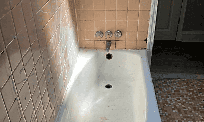 Bathroom, 1411 S Etting St, 1