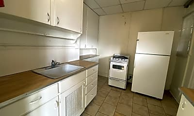 Kitchen, 801-811 W 4th St, 0