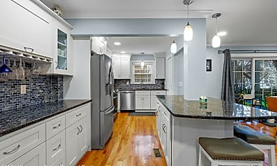 Kitchen, 65 Cedar Ave C1, 0