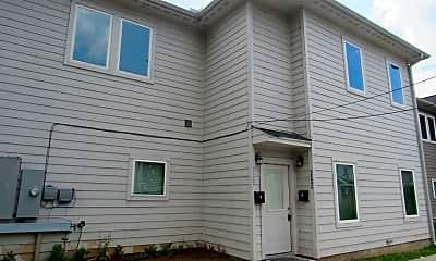 Building, 3249 Dixie Dr, 1