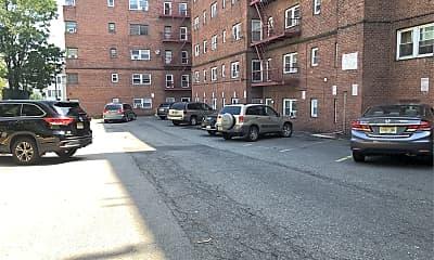 River Drive Apartments, 2