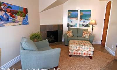 Living Room, 1202 Oak Ave, 1